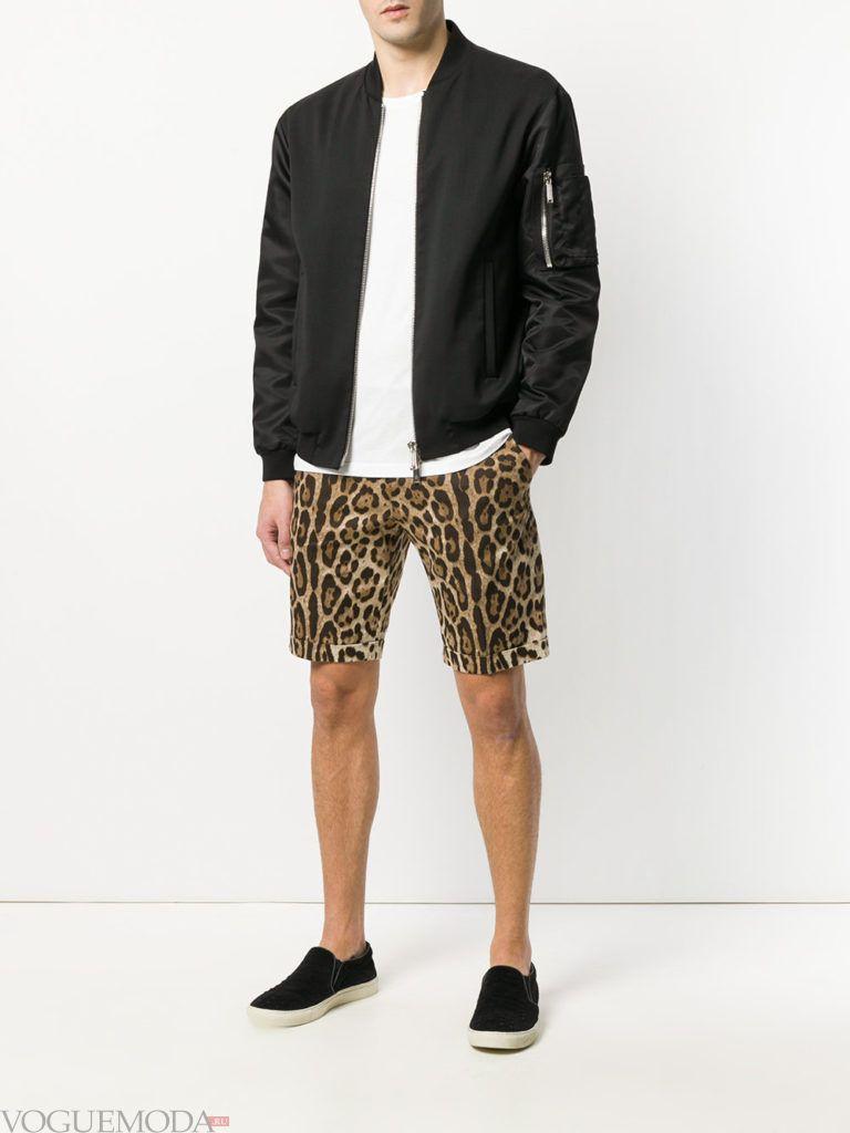 мужские шорты с принтом и черный бомбер