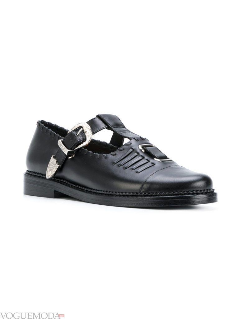 мужские туфли с декором