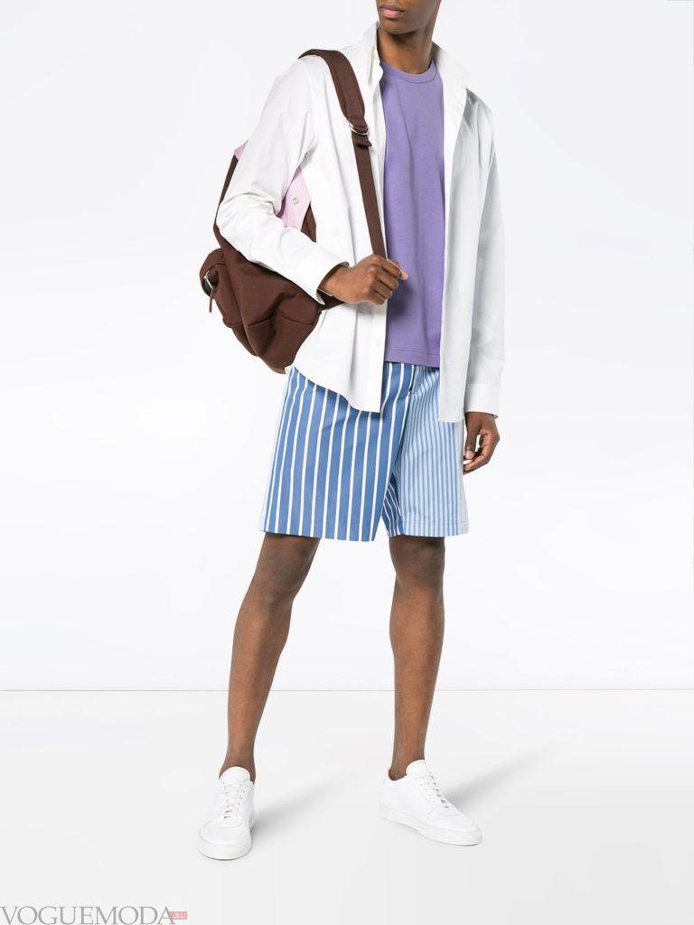 мужские шорты в полоску и белая рубашка лето