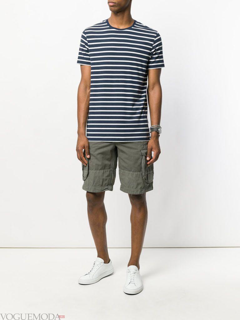 мужские оливковые шорты и футболка в полоску