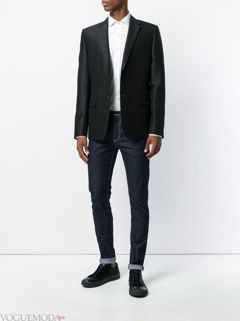 мужские джинсы скинни и черный пиджак