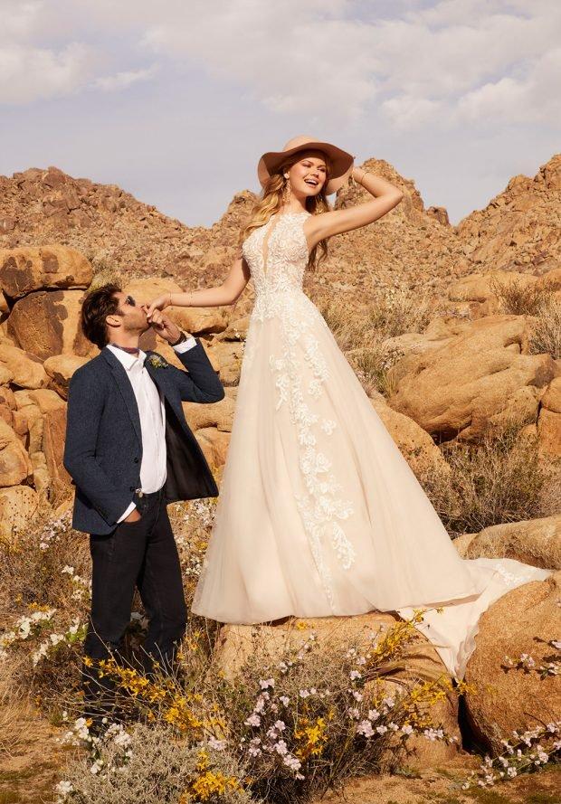 платье белое ажурное без рукавов длинное